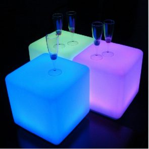 """50 cm 20"""" Outdoor LED Cordless Cube Chair Color Changing Light"""